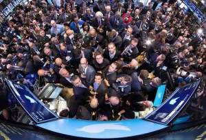 Twitter debuta en la Bolsa de Valores de NY